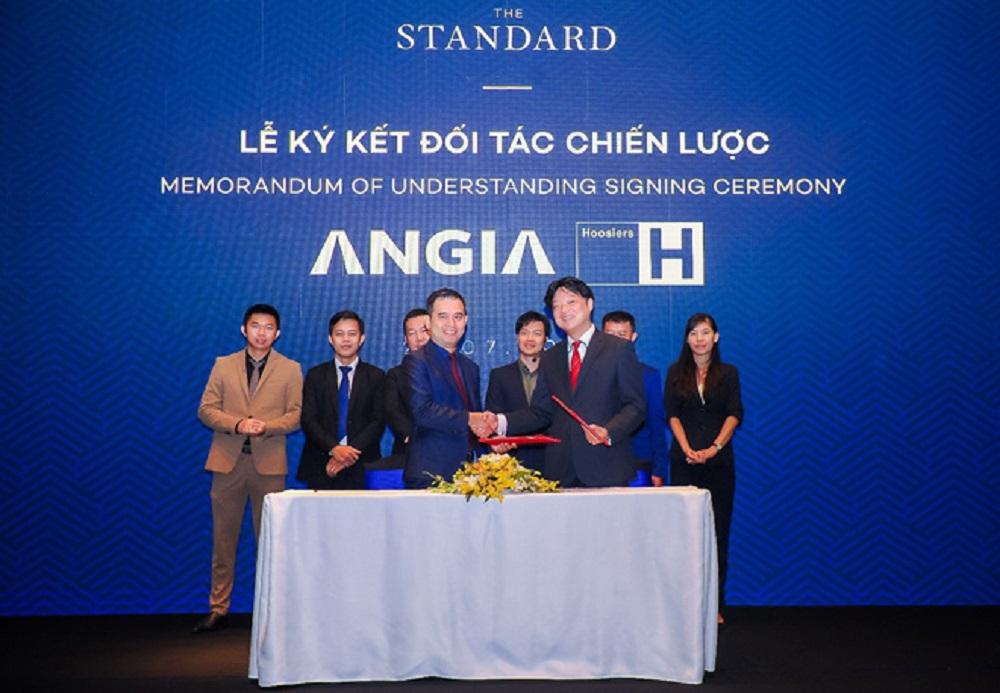 Đại diện An Gia và Hoosiers ký kết hợp tác chiến lược thương hiệu The Standard